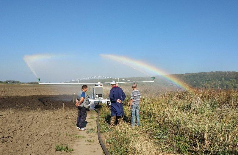 Совместно с ВНИИ «Радуга» были проведены испытания дождевальной машины